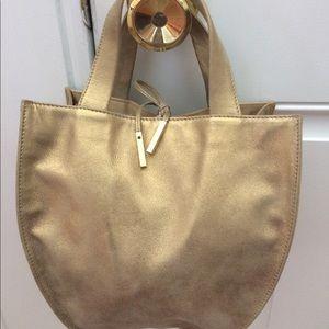 Tumi Handbags - Small Tumi purse