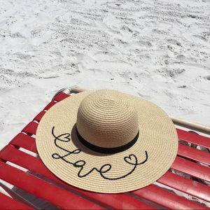 Accessories - 🌴 Floppy Embroidered Straw Sun Hat (❤)