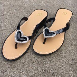 Shoes - Women Intelligent Heart Wedge Thong