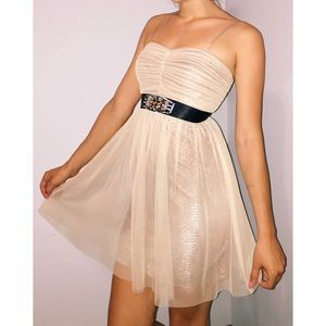 Hailey Logan Dresses & Skirts - Gold Homecoming/Cocktail Classy Dress