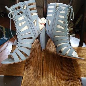 Pour La Victoire Shoes - NWOB Pour la Victoire zip gladiator sandals 9.5
