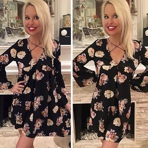  Bell Sleeve Floral Criss Cross Tassel Dress M/L