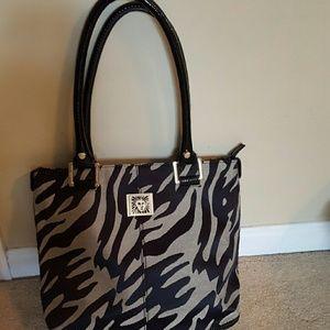 Anne Klein Handbags - Gorgeous Anne Klein bag