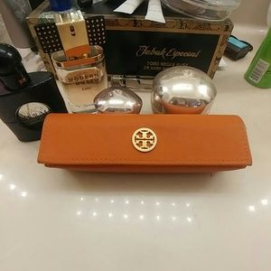 Tory Burch glasses (readers) case
