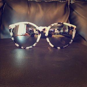 AQS Accessories - AQS mirrored tortoise sunglasses
