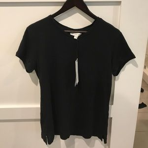 Amour Vert Tops - Medium black tee brand new with tags. Amour Vert