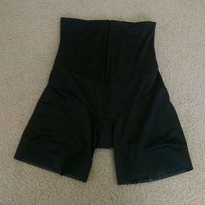 Miraclesuit Other - Miracle suit shaper