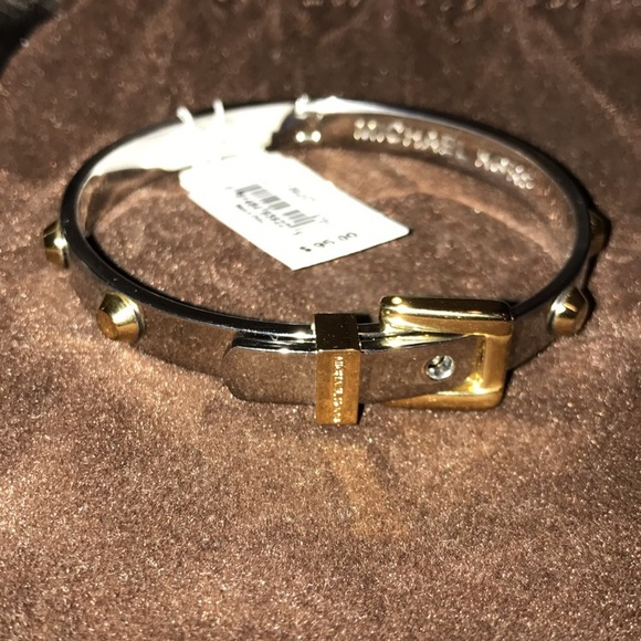 a6423647cbd3c Buy michael kors astor two tone buckle bangle   OFF64% Discounted