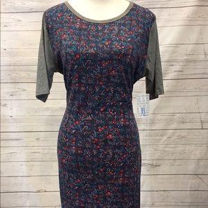 LuLaRoe Dresses & Skirts - Lularoe Julia XL floral dress with sport sleeves!