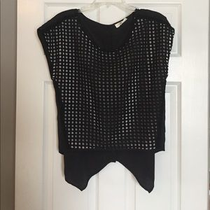 Sugarlips Tops - High low crop top with buttons on back
