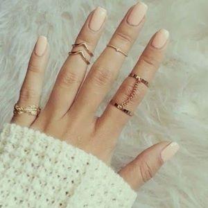 Jewelry - 🌷 Dainty Lulu Midi Rings Set