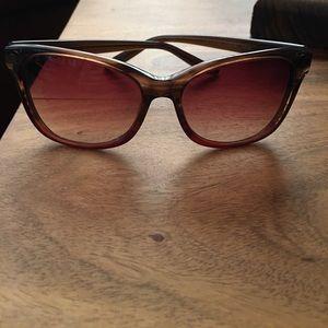 Barton Perreira Accessories - Barton Perreira Fiona sunglasses.