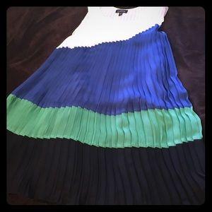 Gorgeous pleated BEBE dress