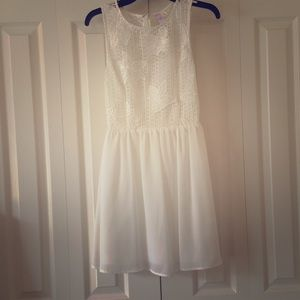 Alya Dresses & Skirts - Summer dress!