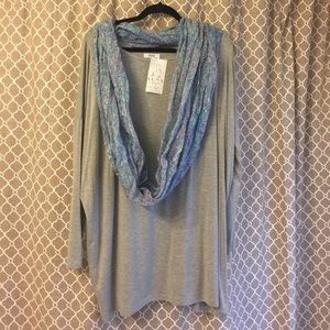 Piko 1988 Tops - NWT piko with free scarf