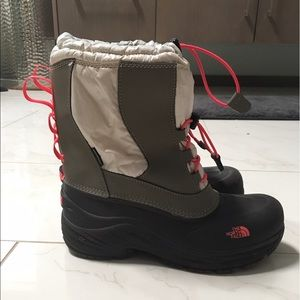 The North Face Other - Girls Northface Waterproof Boots/Snow Boots, Sz 5