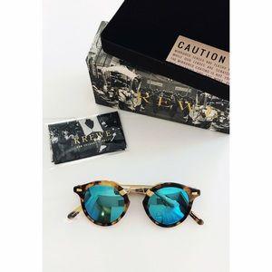 Krewe du Optic Accessories - NEW Krewe du Optic St Louis mirrored sunglasses