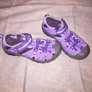 Girl's Youth Size 2 Purple Merrell Shoes