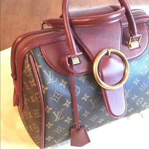 Louis Vuitton Handbags - LE COLLECTORS LV Golden Arrow Speedy 30