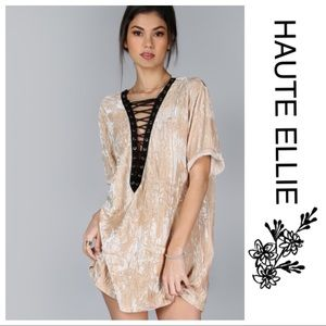 Haute Ellie Tops - 🆕 Crushed Oversized Lace Up Top