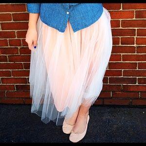 Dresses & Skirts - Pink Tulle Skirt 💕