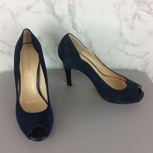 NINE WEST Navy Suede NEW Heels Size 9 1/2