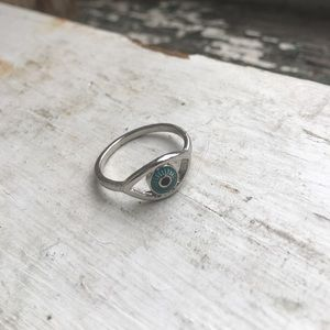 H&M Jewelry - H&M Silver Eye Ring
