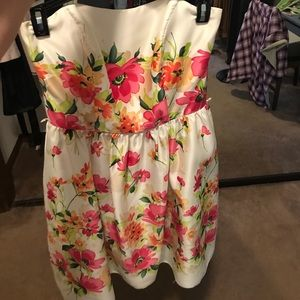 After Six Dresses & Skirts - Floral Off-White Dress