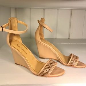 Enzo Angiolini Shoes - Enzo Angiolini Nude Weges