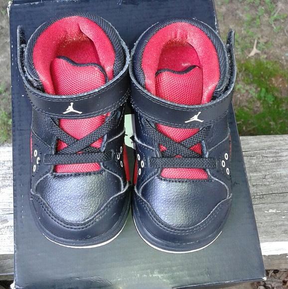 Jordan Flight Jordan Flight High Top shoe s Boys size 5c