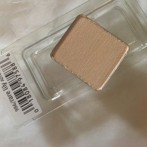 Other - Aveda Rare Lily Eyeshadow
