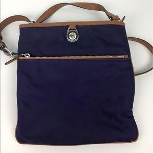 Michael Kors Handbags - Michael Kors Kempton Large Pocket Crossbody