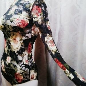Rue21 Tops - 🆕Rue 21 black flowered lace bodysuit