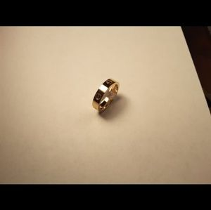 Jewelry - Carty Gold Ring