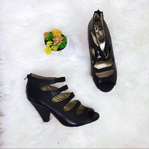 Seychelles Shoes - {Seychelles} Leather Strappy Wedges