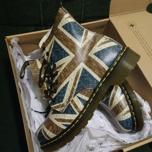 Dr. Martens Other - Dr Martens Pascal Union Jack Softie