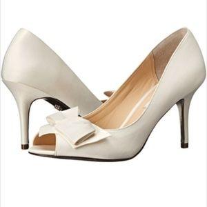 Nina Shoes - NWT Nina Ivory Peep Tow Heels
