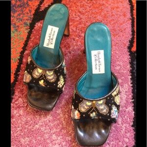 Vintage Shoes - Vintage Hand Embroidered Butterfly Kitten Heels