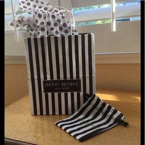 Henri Bendel Handbags - Henri Bendel packaging