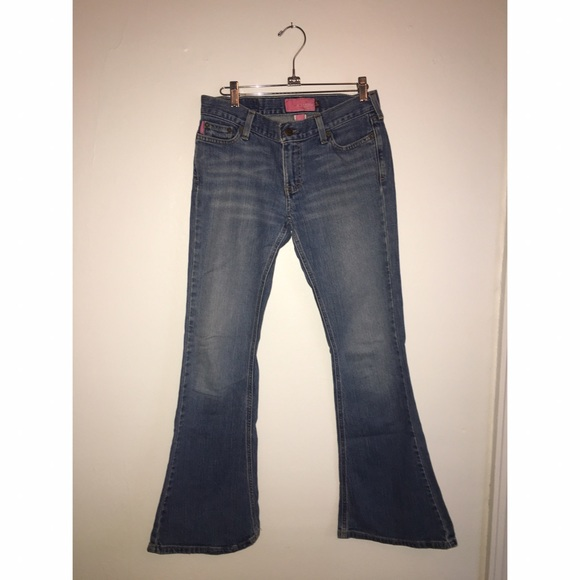 Hollister Denim - Hollister Boot Cut Jean Sz 5 Short