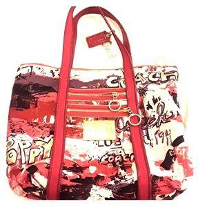 Coach Handbags - Coach Poppy Handbag
