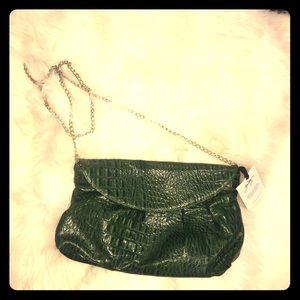 Zara Terez Handbags - NWT Zara Terez genuine green leather purse