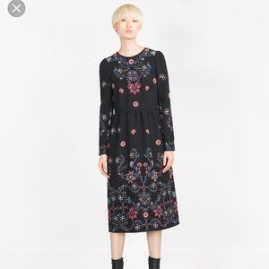 🆕Zara Embroidered Dress