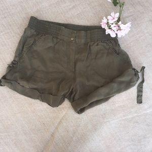 Diane Von Furstenberg Pants - Diane Von Furstenberg Comfy Olive Green Shorts