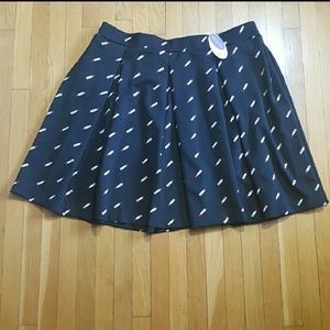 Ashley Nell Tipton Dresses & Skirts - NWT ASHLEY NELL TIPTON Boutique lipstick skirt