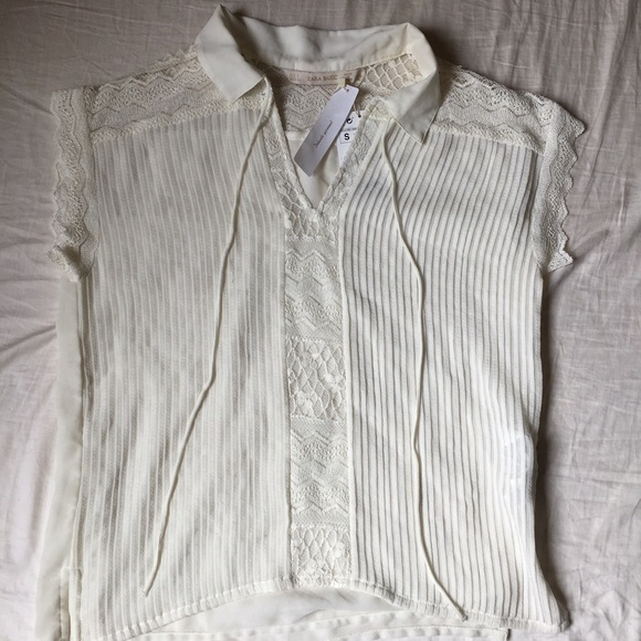 c556b8cd43495 Zara Basic Special Collection White Romantic Top