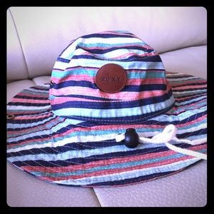 Roxy Accessories - Excellent condition: Roxy Hat