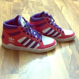 adidas Shoes - Womens size 9 Adidas Pink Purple High Top Shoes