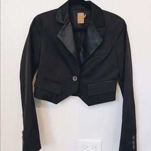 Ali Ro Jackets & Blazers - Ali Ro Black Cropped Tuxedo Satin
