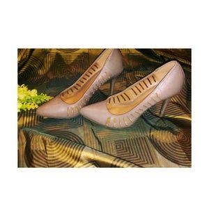Ann Michell Shoes - Natural Pumps